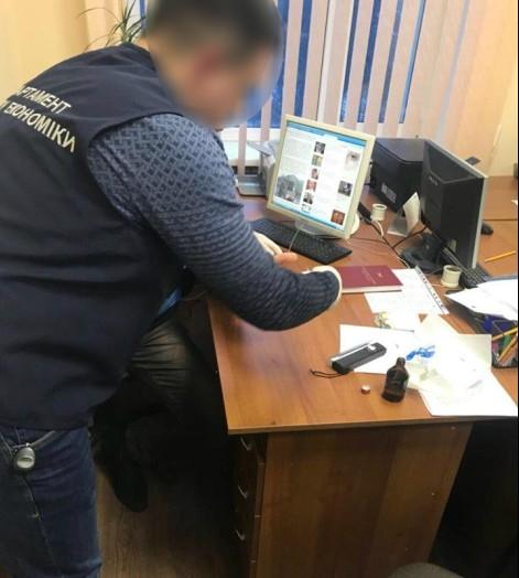 Чиновник Киевской райадминистрации Одессы погорел на взятке