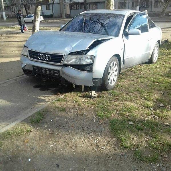 Возле Киевского суда в Одессе произошла стрельба и погоня