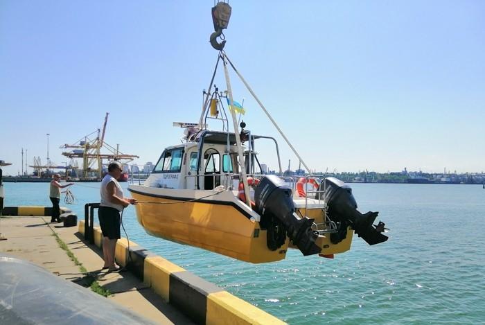 В окрестностях Черноморска проводится подводная экспедиция