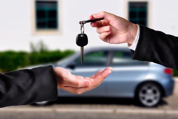 В Одесской области осудили чиновника, который два года арендовал собственное авто