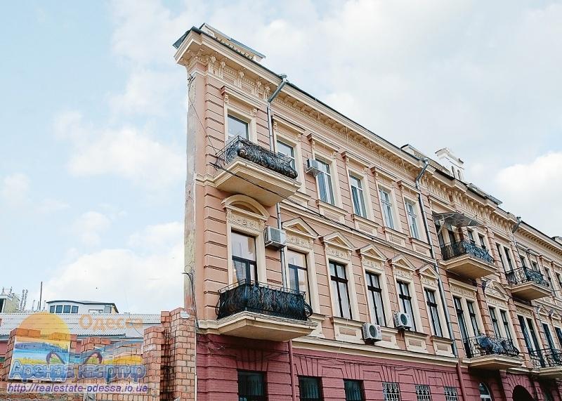 Строительство возле дома-стены в Одессе необходимо закончить, - мэр